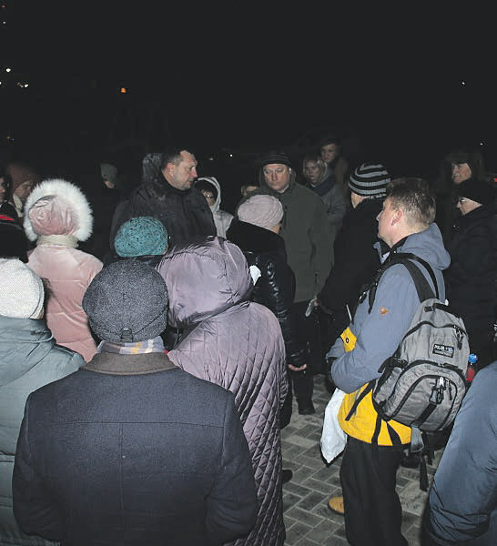Возмущённые жильцы требуют ответа от Александра Кулаева